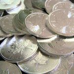 Investire in argento con ETF, azioni, future, fondi comuni